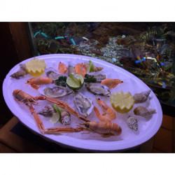 Plateau 6 huîtres, 2 langoustines, 5 crevettes roses, 10 bulots
