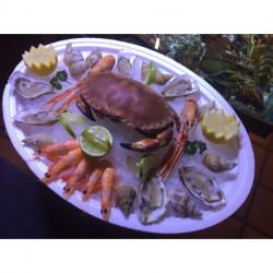Plateau 6 huîtres, 1 tourteau, 2 langoustines, 5 crevettes roses, 10 bulots