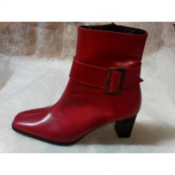 BOOT'S ROUGE