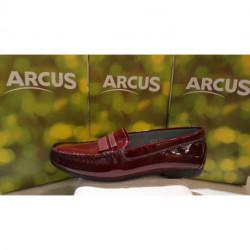 Mocassin de ARCUS plat confortable vernis noir ou bordeaux PERTIN