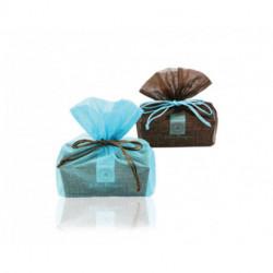 Pochette organdi et son Ballotin de 500 g de chocolats fourrés